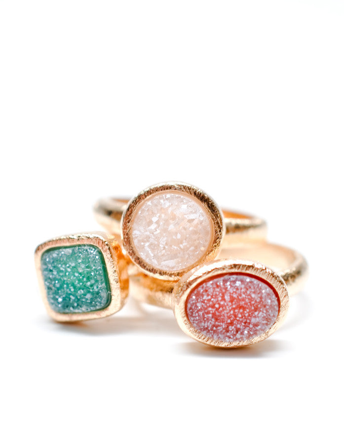 Geo Drusy Ring in Raspberry - LEIF