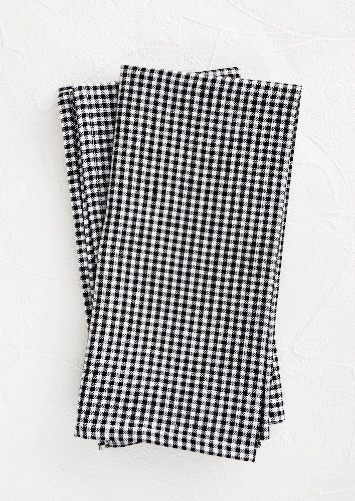 Black & White Gingham: Pair of fabric dinner napkins in black and white gingham pattern