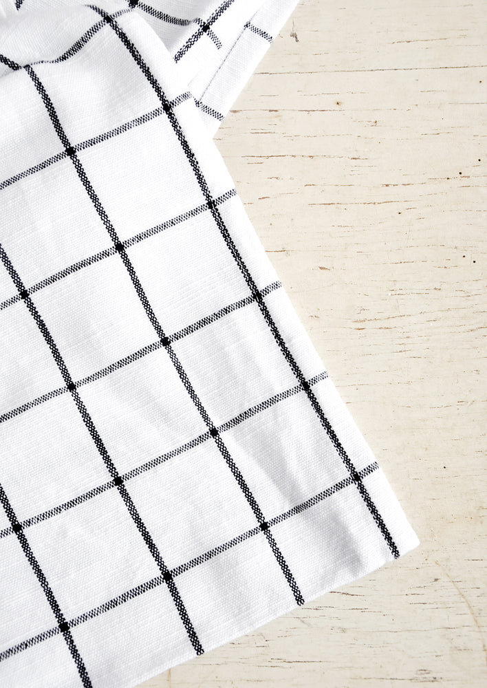 2: White cotton tablecloth with black grid pattern