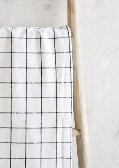 Grid Check Table Runner