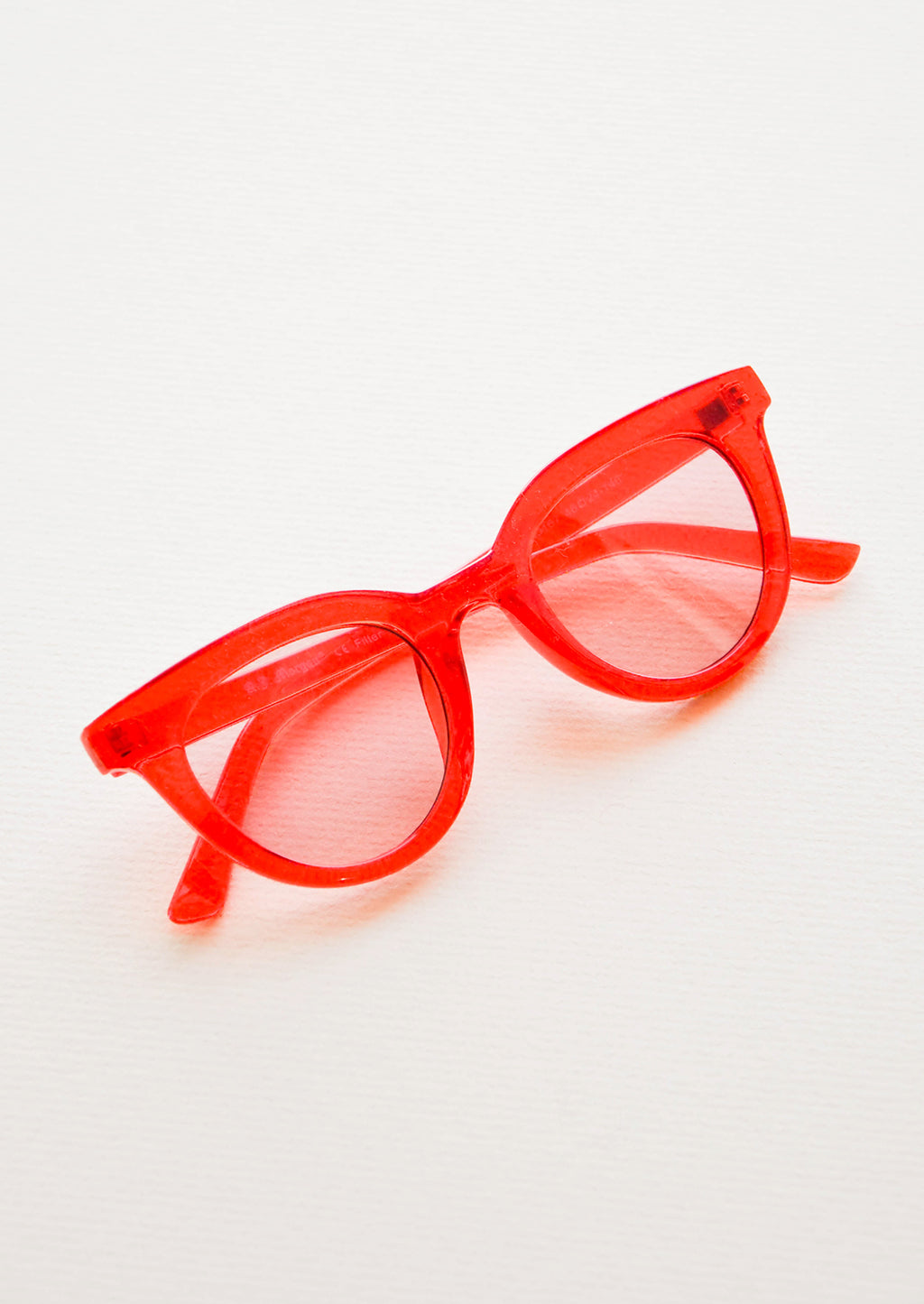 Cherry Red: Hotsy Totsy Sunglasses in Cherry Red - LEIF