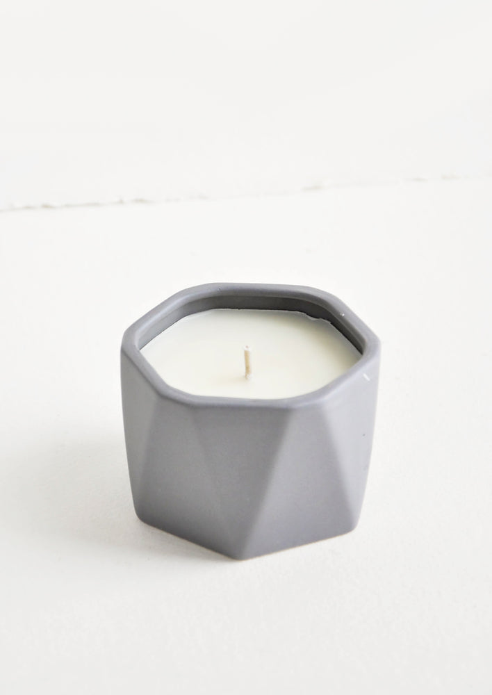 Geo Faceted Ceramic Candle in Blackberry Absinthe - LEIF