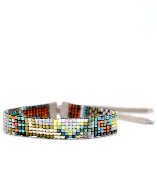 Tiny Beaded Bracelet in Kyoto - LEIF