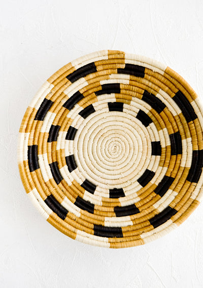 Checkered Raffia Bowl