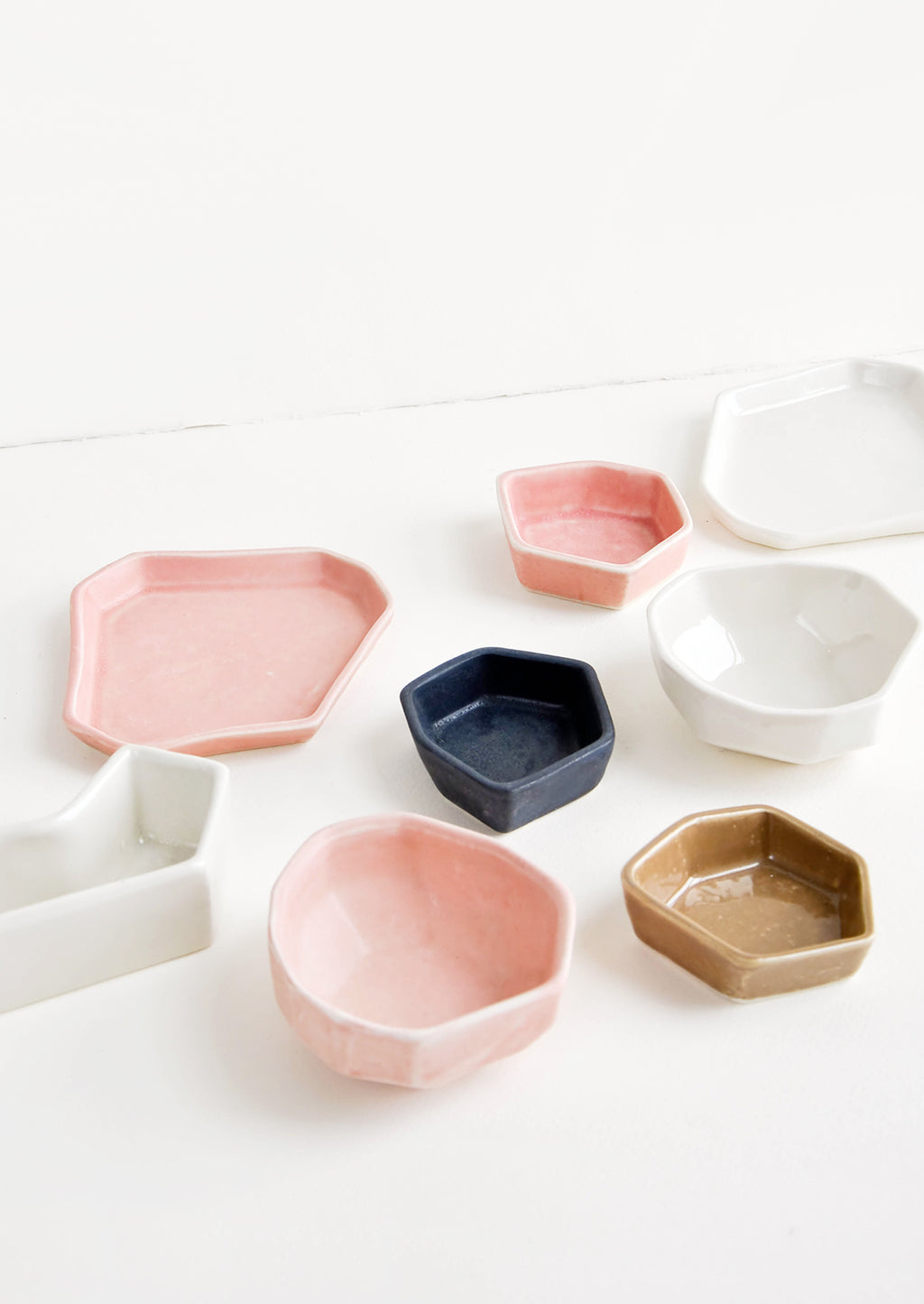 4: Assorted Ceramics in Pink, Black, White & Brown - LEIF