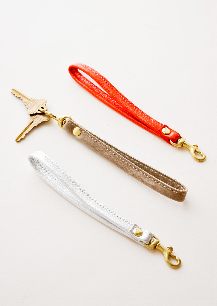4: Leather Loop Keychain in  - LEIF