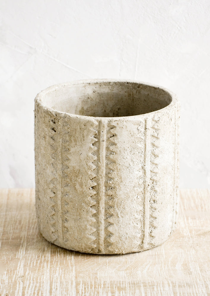 Tall: Distressed planter in concrete-like texture with stripe and zigzag detailing