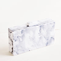 White Marble: Box shaped clutch in white marble patterned resin