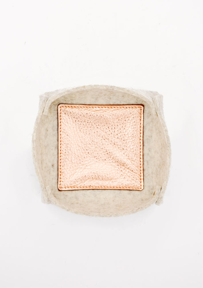 Medium / Oatmeal: Felt & Leather Catchall Tray in Medium / Oatmeal - LEIF