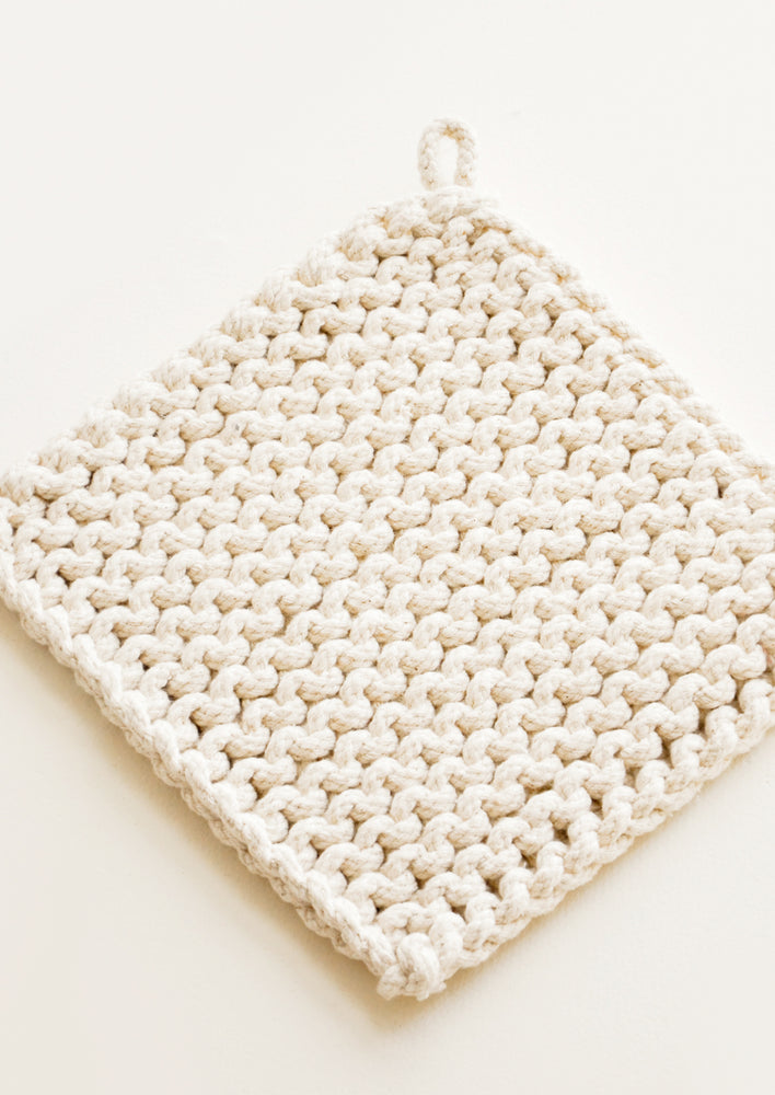 1: Natural Knit Potholder in Cotton - LEIF