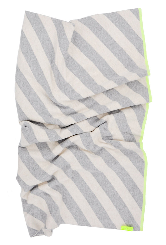 Neon Trim Knit Blanket - LEIF