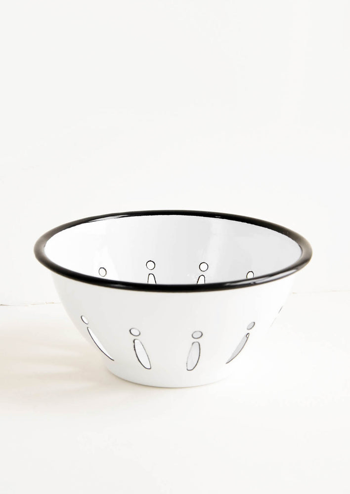 1: Pascal Enamel Berry Bowl