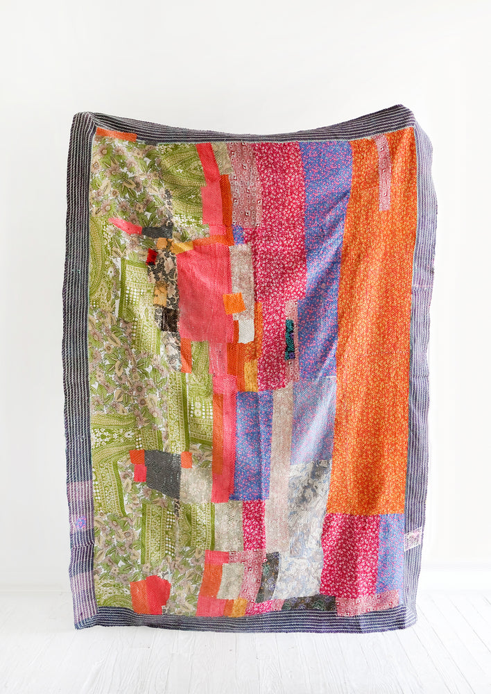1: Vintage Patchwork Quilt No. 14 in  - LEIF