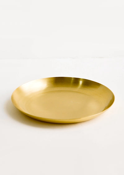 Round catchall tray in brushed satin brass