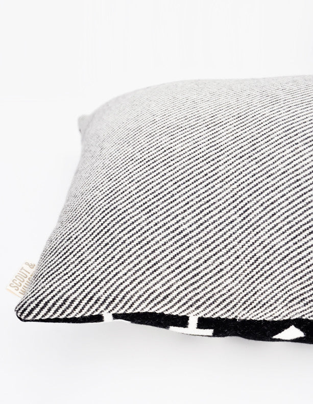 Heritage Wool Pillow in Snowflake - LEIF