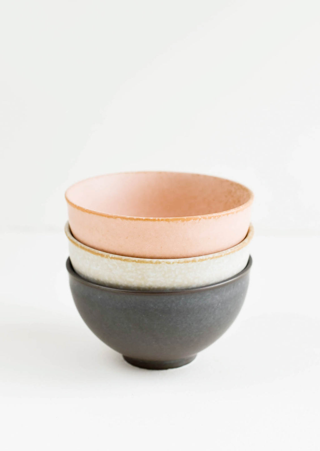 4: Stacked Ceramic Bowls in Grey, Peach & Black - LEIF