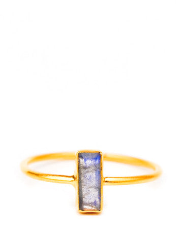Temira Ring in Labradorite - LEIF