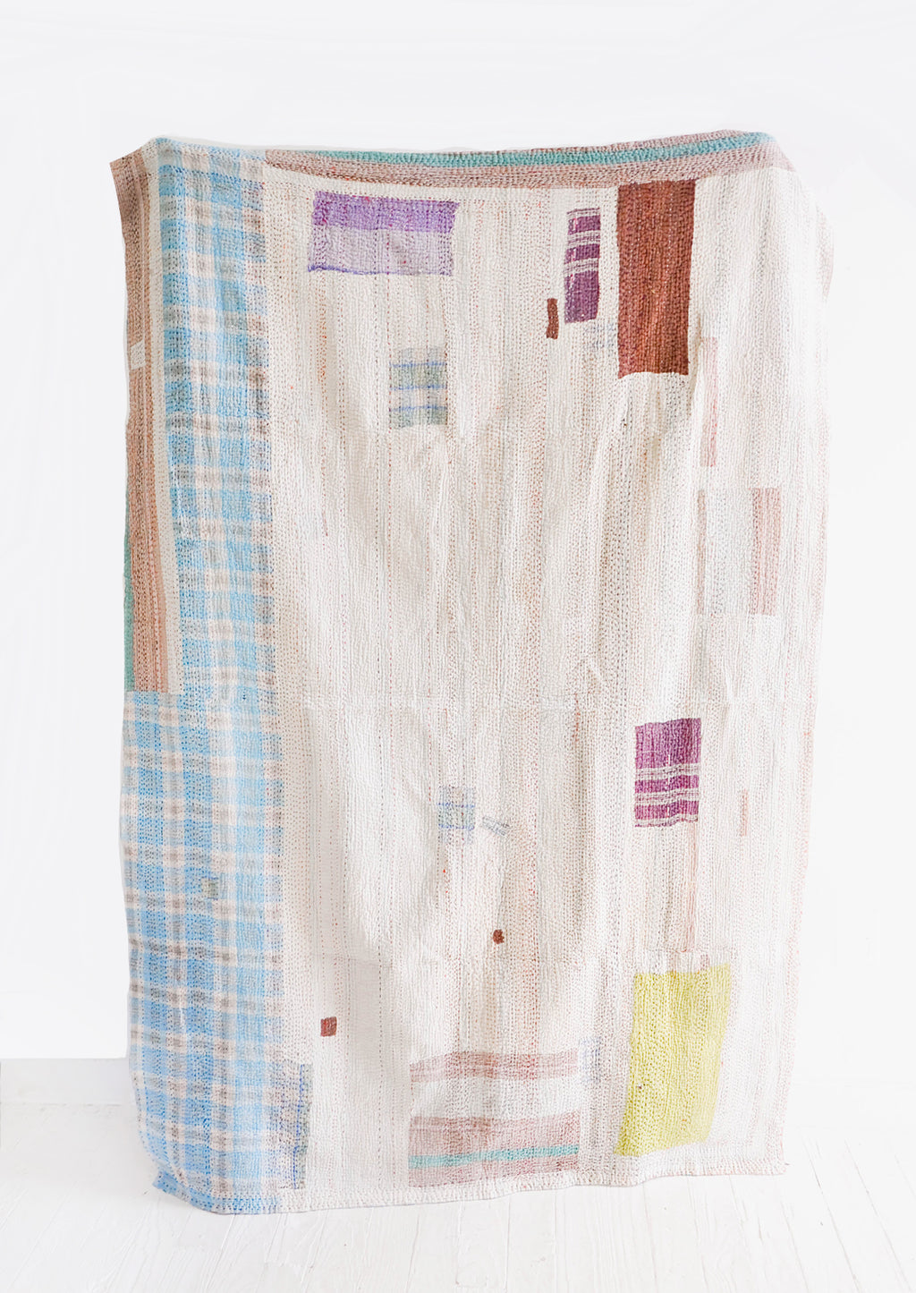 1: Vintage Patchwork Quilt No. 3 in  - LEIF