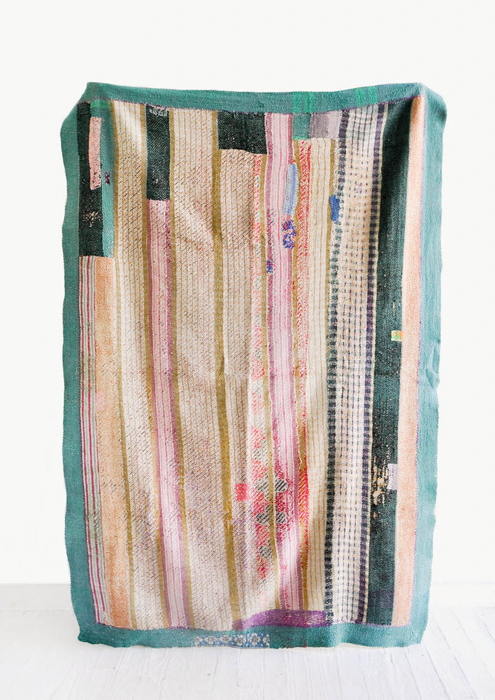 1: Vintage Patchwork Quilt No. 7 in  - LEIF