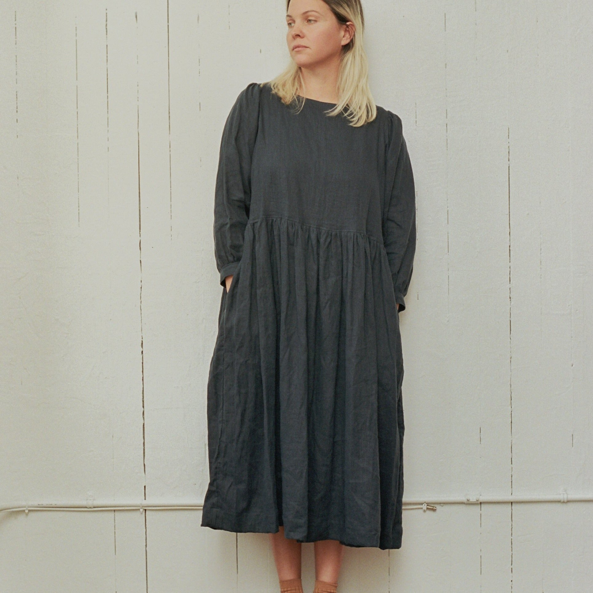Gloria Dress - Navy Linen