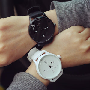 Classic Black and White Silicone Quartz Watch