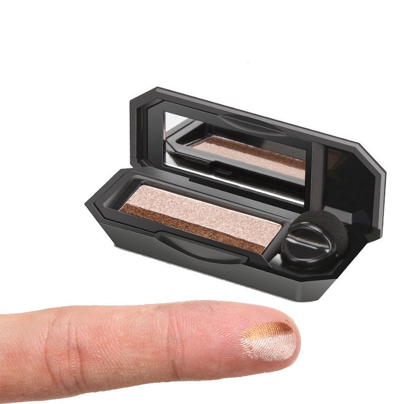 DuoEye™  Dual-color Eyeshadow