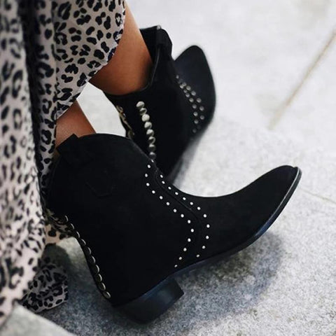 Women's fashion solid color rivet pointed boots