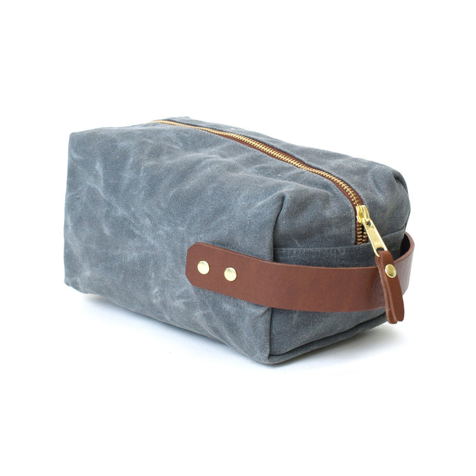 PRE-ORDER: Duck Island Dopp Kit, Charcoal
