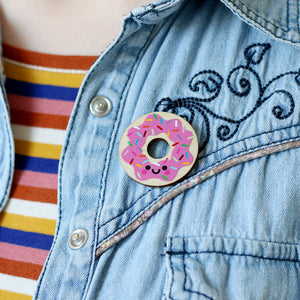 products/Donut-Wooden-Pin-Badge-8.jpg