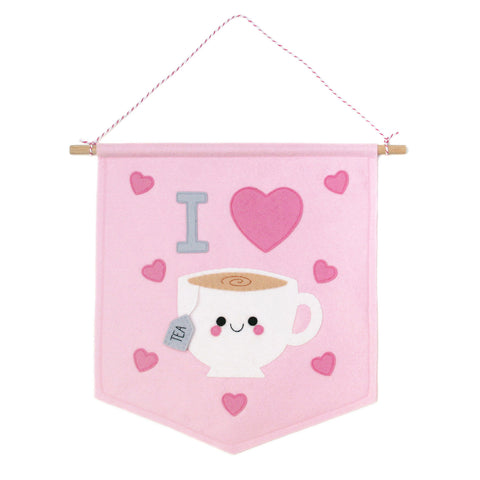 Pink I heart tea wall banner
