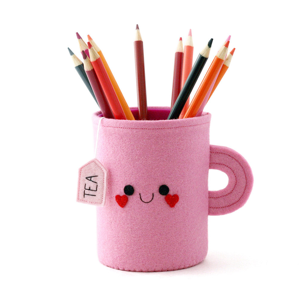 pink teacup pen pot