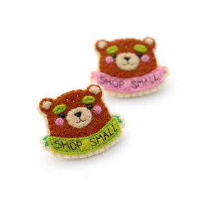 products/Shop-Small-Bear-Brooch-Green-Pink_0bec994f-fcc4-42a0-b177-ea9e58dd8fcd.jpg