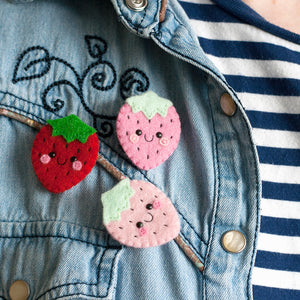 products/Strawberry-Felt-Brooches-by-hannahdoodle.jpg