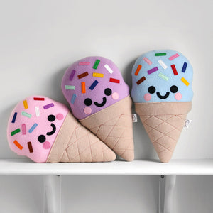 products/hannahdoodle-Ice-Cream-Plushies_af54a612-913c-4d85-a05f-291e7bfe09b6.jpg