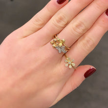 14K GOLD DIAMOND DANA FLOWER RING