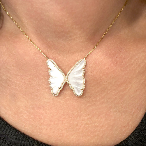 14K YELLOW GOLD DIAMOND MOTHER OF PEARL BUTTERFLY NECKLACE