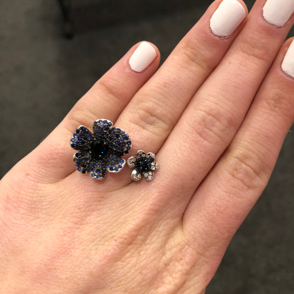 Diamond and Blue Sapphire Double Flower Ring in 18k Rose Gold