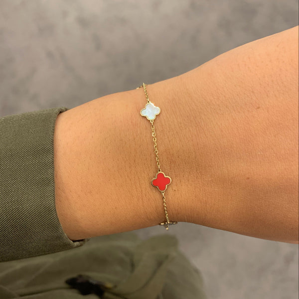 14K GOLD MOTHER OF PEARL AND RED SMALL MEGAN CLOVER BRACELET