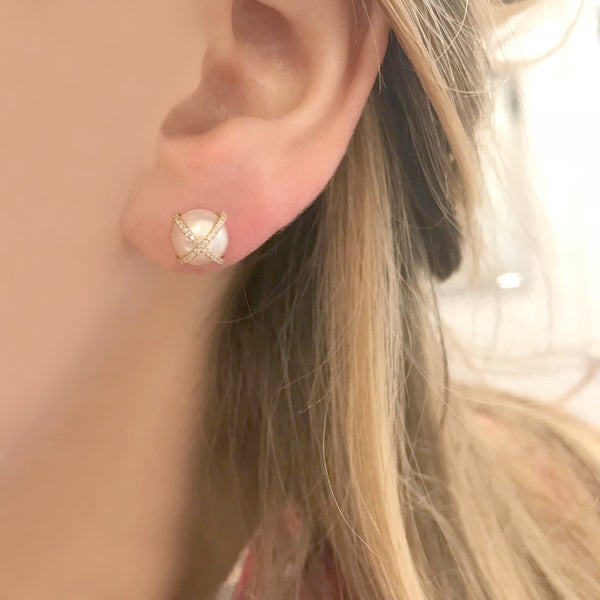 14K GOLD DIAMOND JACLYN PEARL STUDS