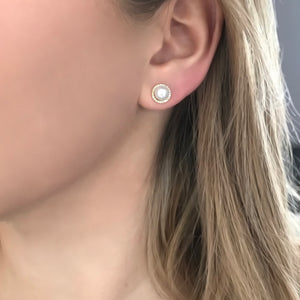 14K GOLD DIAMOND AND PEARL LEA STUDS