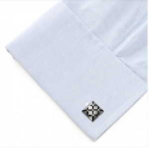 WHITE MOTHER OF PEARL X CUFFLINKS