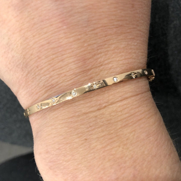 14KT GOLD SKINNY STARBURST BANGLE (ALL COLORS)