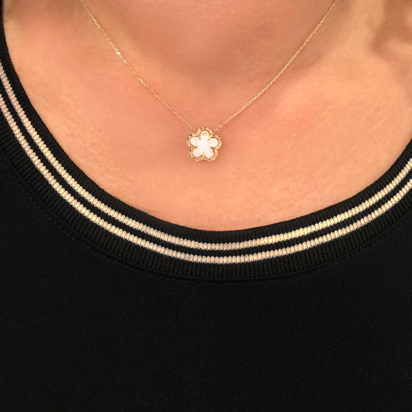 14K GOLD MOTHER OF PEARL KIMMY FLOWER NECKLACE