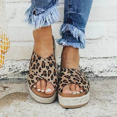 【Buy 2 Get Extra 10%  OFF + Free Shipping】Women Summer Leopard Platform Slip-On Sandals Slippers - IlifeGadgets