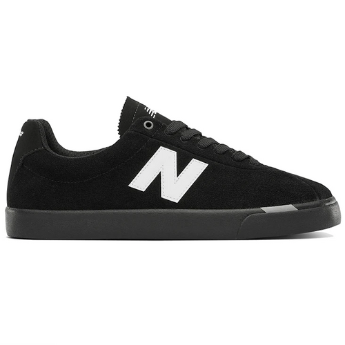 New Balance Numeric NM22 black/white Shoes