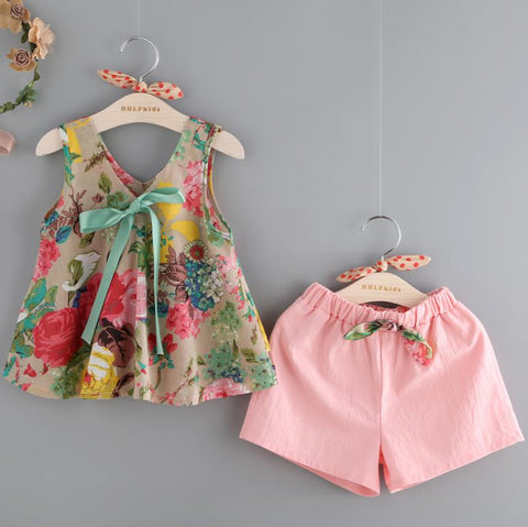 Sleeveless Floral Print Design Vest Shorts Set