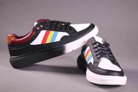 BLACK STRIPE SNEAKERS