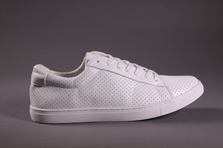 WHITE FLAT-SOLE SNEAKERS