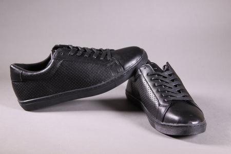 BLACK FLAT-SOLE SNEAKERS