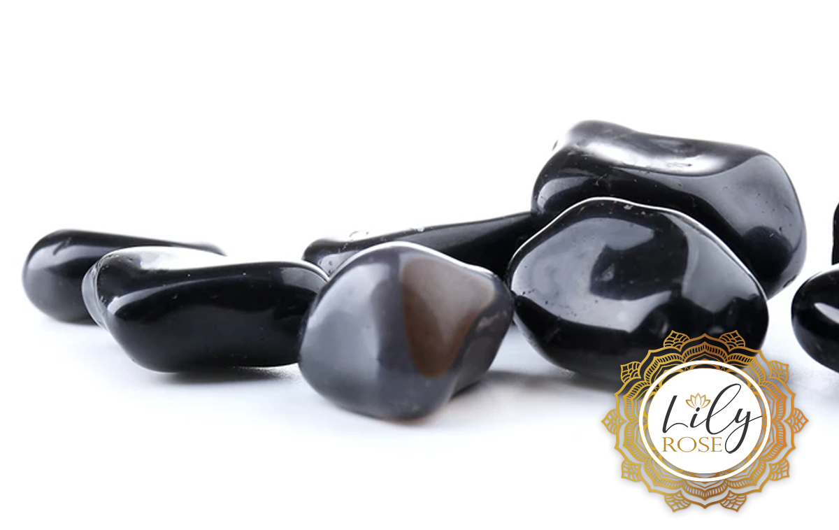 Black Onyx Gemstone Uses & Crystal Healing Properties